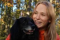 """FOTO 1: """"Na tomto snímku jsem při venčení mého psa Berta. S ním se procházím nejen po Jihlavě. Vyrážíme i do okolí a poznáváme nová místa."""""""
