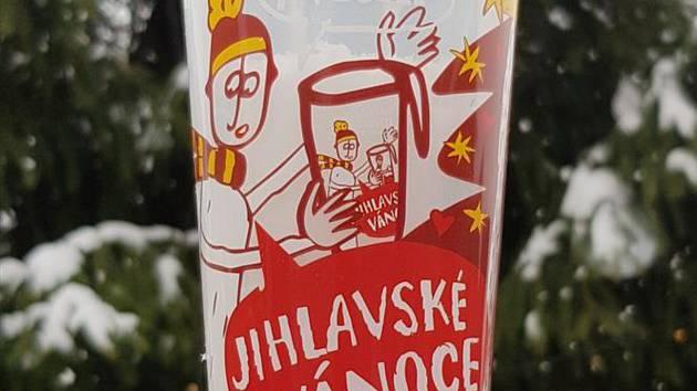 Kelímky pro vánoční jarmark jsou s tematickou grafikou.