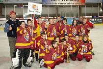 Vítězný tým. Popiska hráčů je na konci v článku