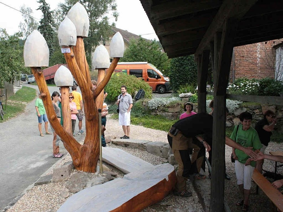 V Jezdovicích vyrostly muchomůrky bílé.