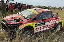 Poškozený vůz Martina Prokopa.