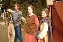 Na multikulturním festivalu Beltine v Telči budou k vidění ukázky irských tanců a tradičních keltských řemesel, nebude chybět ani ohňová show či rekonstrukce keltské vesničky. Vše bude doprovázet irská a skotská hudba.