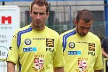 Peter Šedivý (vlevo), již v barvách jihlavského klubu FC Vysočina.