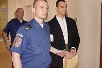 Martin Foltýn (vpravo) býval členem neoficiálního policejního týmu Delta.