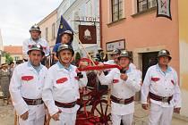 Hodiční hasiči v historickém.