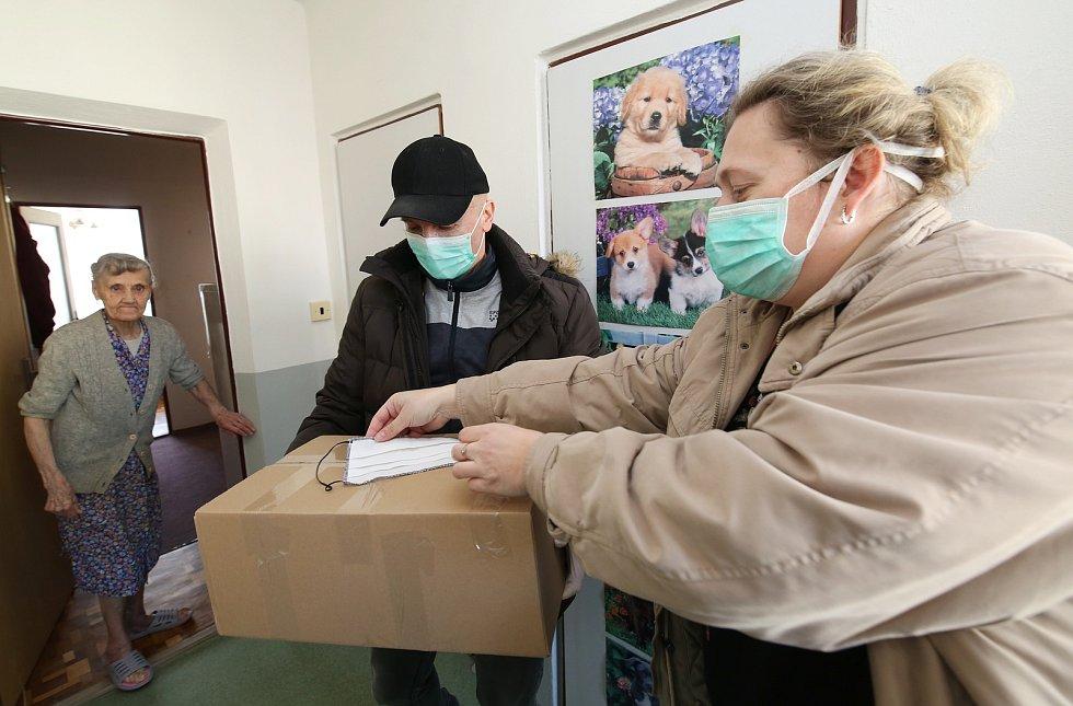 Rozvoz potravinových balíčků, ilustrační foto