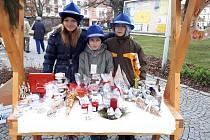 Školáci prodávali vlastní výrobky, hravou formou se učili podnikat.