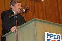 Miroslav Vrzáček bude i nadále vykonávat funkci předsedy KFS Vysočina. Na valné hromadě získal mandát na další čtyři roky.