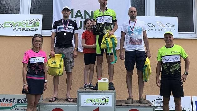 Vítězi Kněžického triatlonu Tunovi gratuloval i olympijský šampion Šebrle