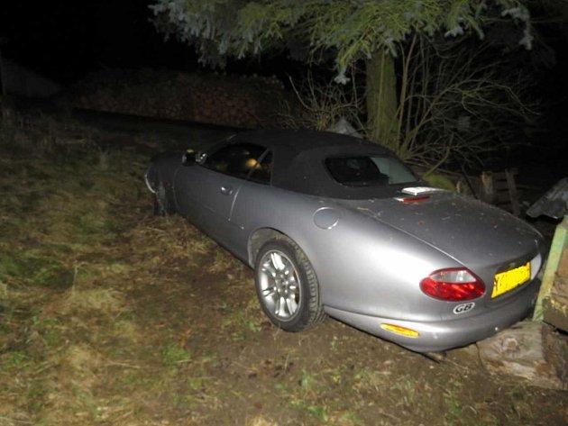 Škoda způsobená při nehodě byla předběžně vyčíslena na 70000korun.