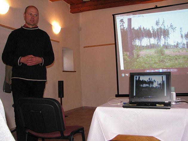 Odborná prezentace ukázala, jaké druhy lesů se v jihlavském okrese vyskytují. Nejkvalitnější jsou bukové porosty.