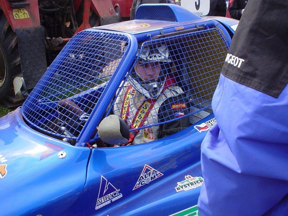 Jan Smrž se momentálně potýká s neposlušným turbem Fordu Cosworth 2000.