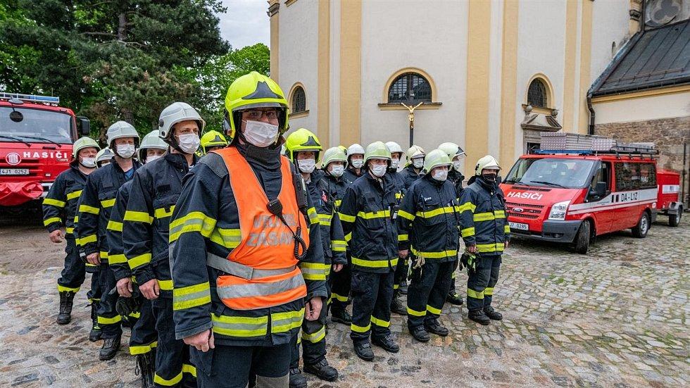 Požární cvičení mezi řekou a Jakubským náměstím v Jihlavě.