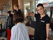 Dlouhé vlasy darovalo v Jihlavě šestnáct lidí.