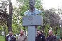 Roku 2002 byla v Užhorodu odhalena busta Tomáše Garrigua Masaryka; jeho socha ve městě stála již v roce 1928, ale po okupaci Maďarskem byla odstraněna.