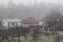 Jihlavskem se 16. března dopoledne prohnala sněhová vánice.