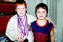 Společně s desetiletým Jakubem Němcem provozuje řeckořímský zápas i stejně starý Michal Daniel.