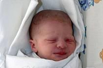 Aleš Pešta  8.1.2009   3250g  48cm  Salavice