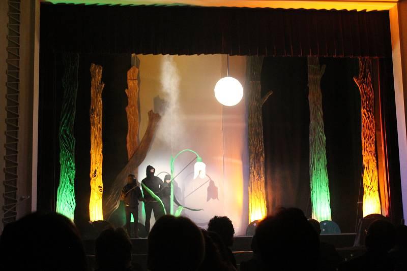 Sněženka je symbolem Třešťského divadelního jara.