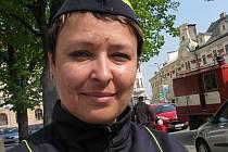 Andrea Dopitová na jarní hasičské soutěži na Masarykově náměstí v Jihlavě.