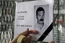 Přestože rok 2009 patřil na Vysočině z hlediska úmrtí v důsledku pracovních úrazů k nejklidnějším, zemřeli tehdy při výkonu svého povolání dva lidé.