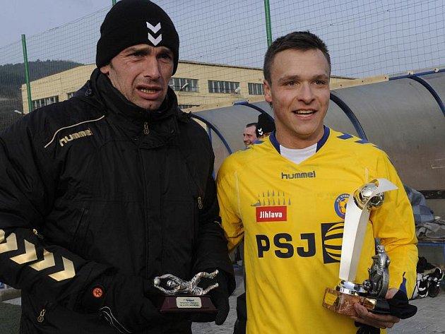 Nejlepší střelec Tipsport ligy Stanislav Tecl (ve žlutém) se svým spoluhráčem Jaromírem Blažkem, který získal cenu pro nejlepšího brankáře turnaje.