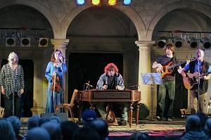 Folková skupina Javory.