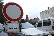 Desítky řidičů přijdou o stání v Křížové ulici.