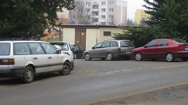 Na Březinkách bude víc parkovacích míst.