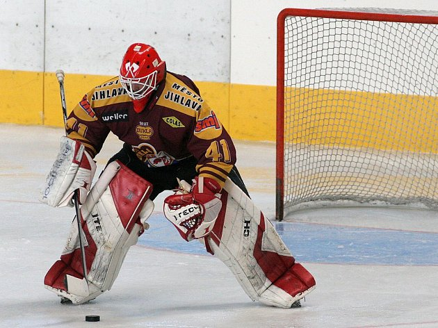 Švýcarský gólman  Kaspar Zgraggen přesvědčil jihlavské trenéry o svých kvalitách a vybojoval si místo v A–týmu Dukly pro nadcházející prvoligovou sezonu.