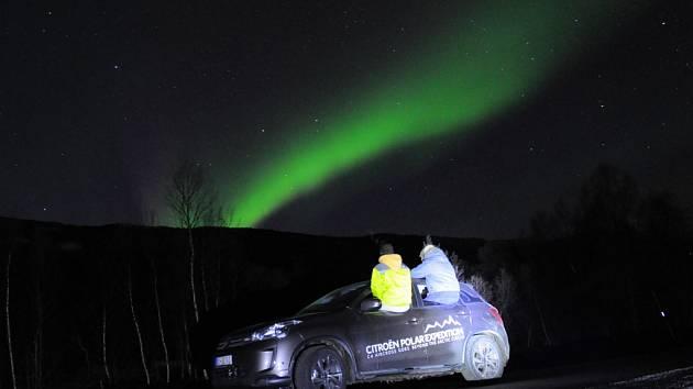 Michal Petřík a Jaroslav Plavec se už dva týdny kochají krásami severu. Dobyli polární kruh, spatřili polární záři a pak s vozem Citroën C4 Aircross zamířili na Lofotské ostrovy.