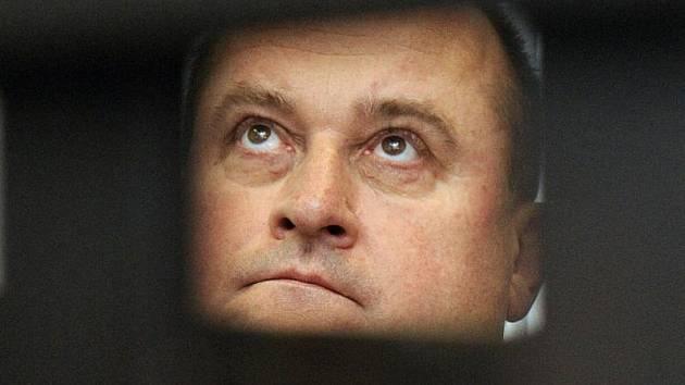 František Dohnal definitivně končí ve funkci prezidenta Nejvyššího kontrolního úřadu.
