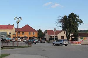 Uzavírka centra Luk nad Jihlavou ovlivní poměrně hodně řidičů. Foto: Deník/