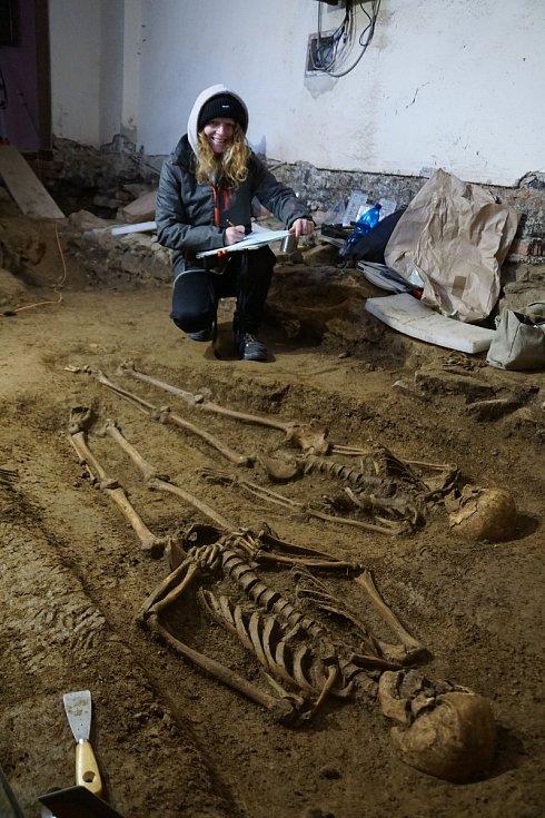 Archeologové v Nové Říši.
