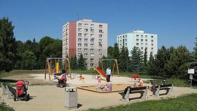 Nová dětské hřiště v Jihlavě musejí splňovat potřebné normy.