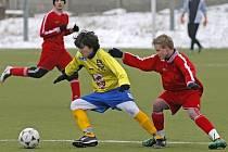 Mladší dorostenci Jihlavy roznesli Znojmo 6:1. O jeden gól domácích mladíků se postaral i Jindřich Kučera (ve žlutém).
