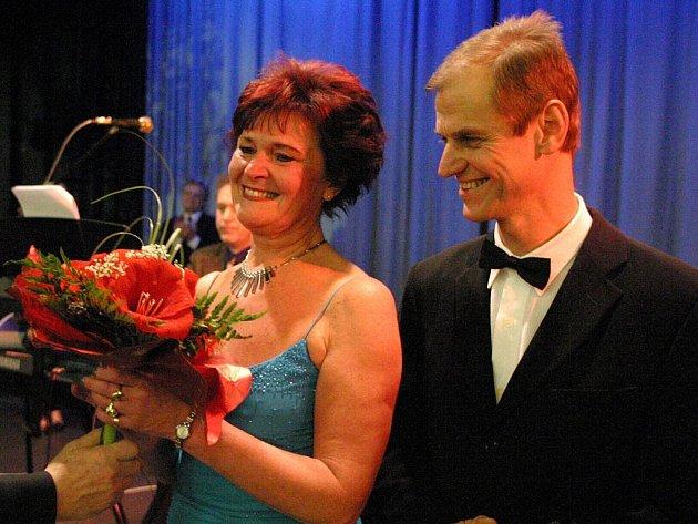 Manželé Hana a Josef Málkovi vyučují tanec společně už pětatřicet let.