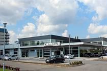 Autoservis nabízí prodej a servis značek BMW a Ford.