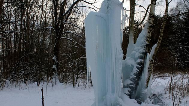 Ledopád v Lovětíně u Batelova.