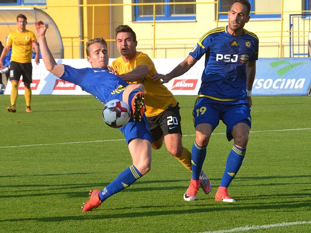 Zápas 3. kola MOL Cup Jihlava – Sokolov.