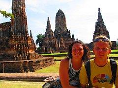 Nad chrámy v Ayutthaye se tají dech. Hana Davidová si je s přítelem Jakubem Žítkem užila do sytosti.