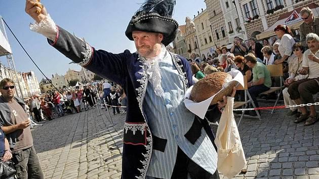 Dva dny před pondělními jmeninami zavítal do renesančního města kníže Václav, patron českého lidu.