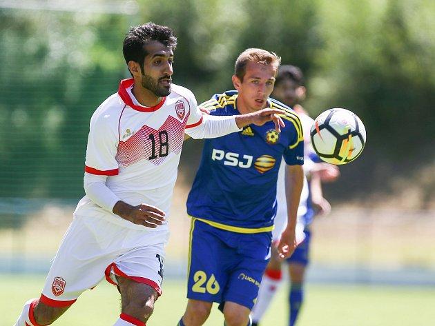 Utkání Perleťového poháru mezi FC Vysočina Jihlava a reprezentací Bahrajnu.
