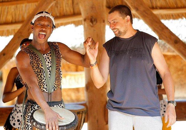 Zpěváci z afrického Zimbabwe roztančili jihlavskou ZOO