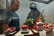Netradiční výstava s názvem Hoří - požární ochrana ve filatelii a svět hasičských modelů probíhá v prostorách jihlavského Muzea Vysočiny.