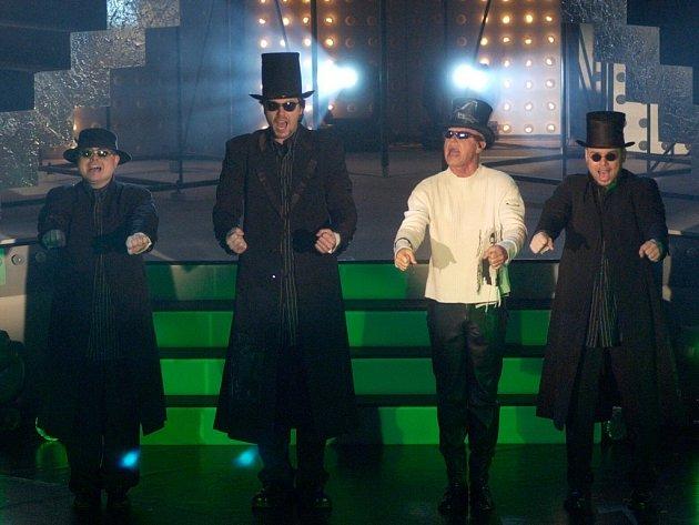 Originální pěvecké seskupení 4TET z důvodu velkého zájmu fanoušků muselo přesunout svůj koncert do větších prostor.