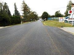 Bez světel. Práce na výpadovce z Jihlavy na Pelhřimov finišují. Příští týden mohou zmizet semafory.