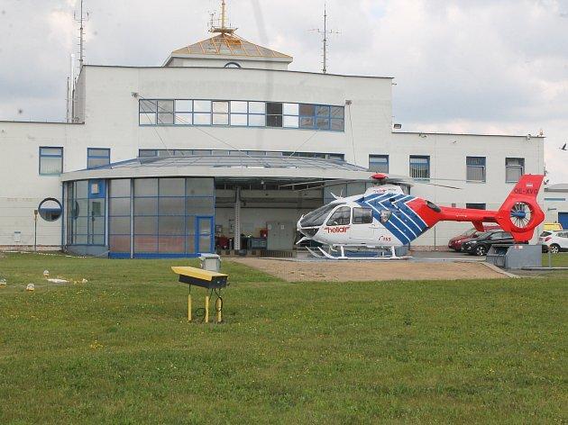 Jinde ne. Jen v Jihlavě budou mít záchranáři k dispozici torzo vrtulníku, na kterém mohou nacvičovat práci v podvěsu.