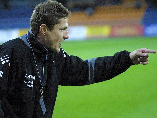 Přijme roli asistenta? Luboš Zákostelský vedl jako hlavní trenér druholigovou Jihlavu jen sedm kol. Vedení klubu ho odvolalo.