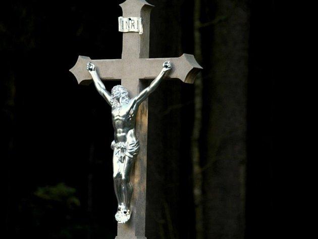 Křížek v Popicích